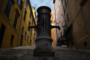 How to stay hydrated in Italy